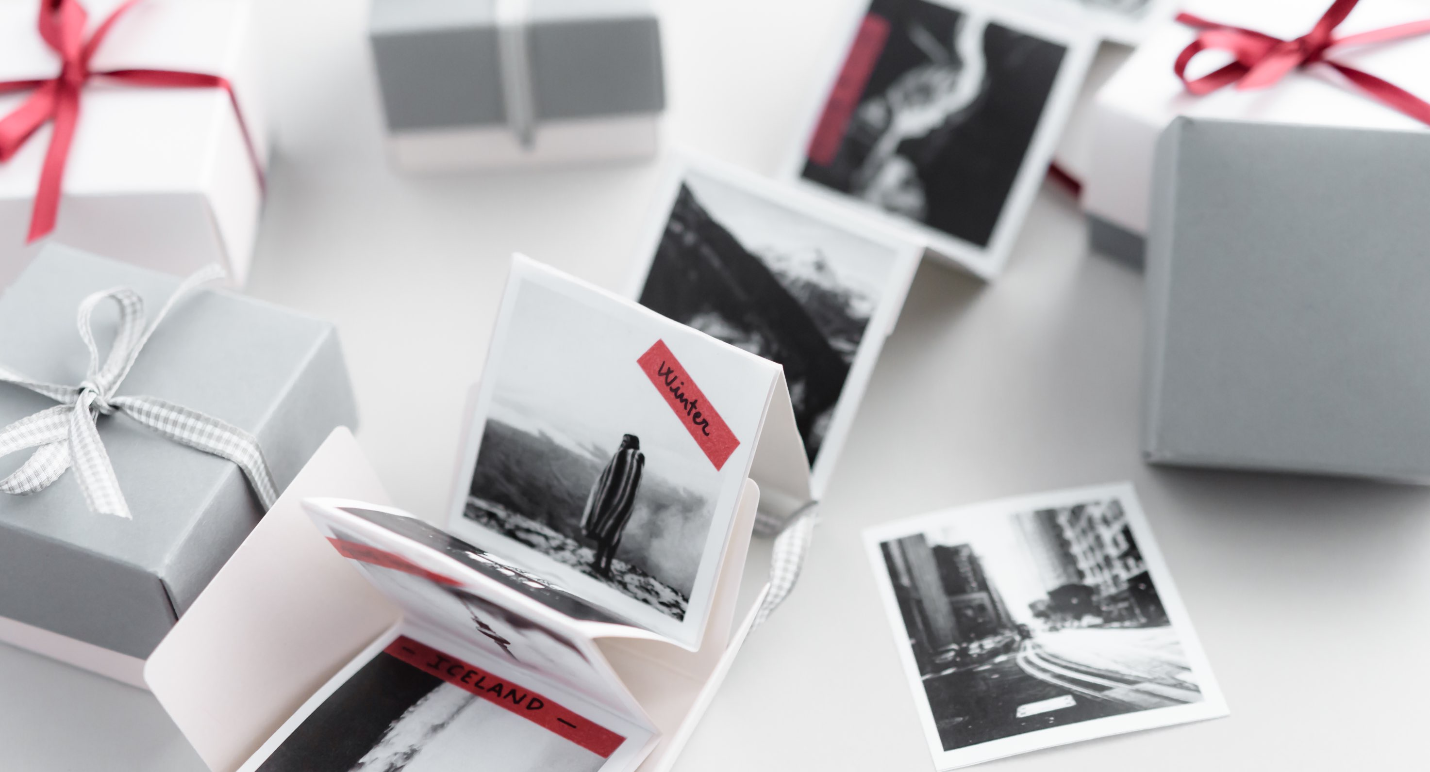 Caja con fotos acordeón